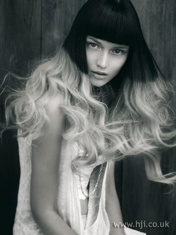 2007 black blonde