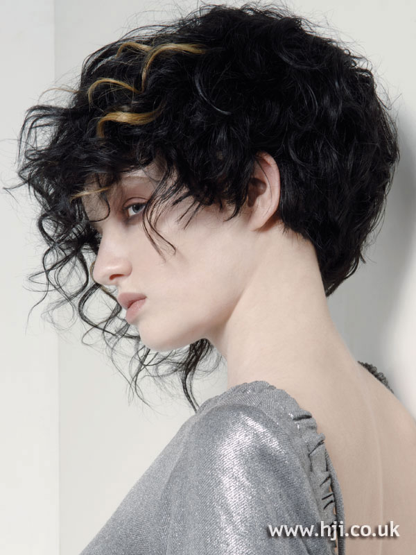 2007 black curls3