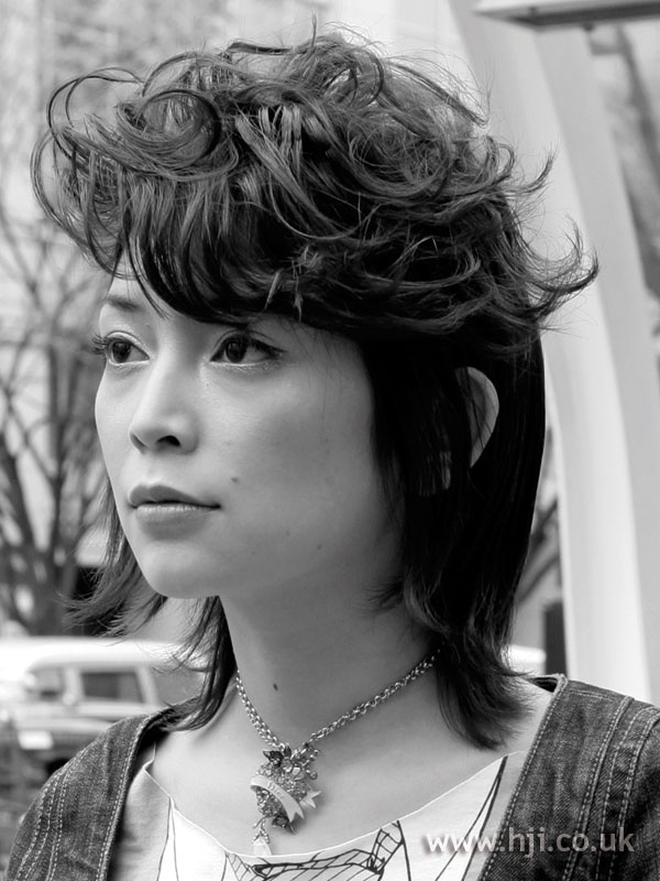 2007 black curls4
