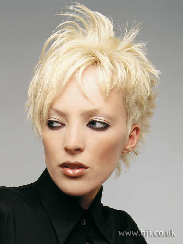 2007 blonde choppy