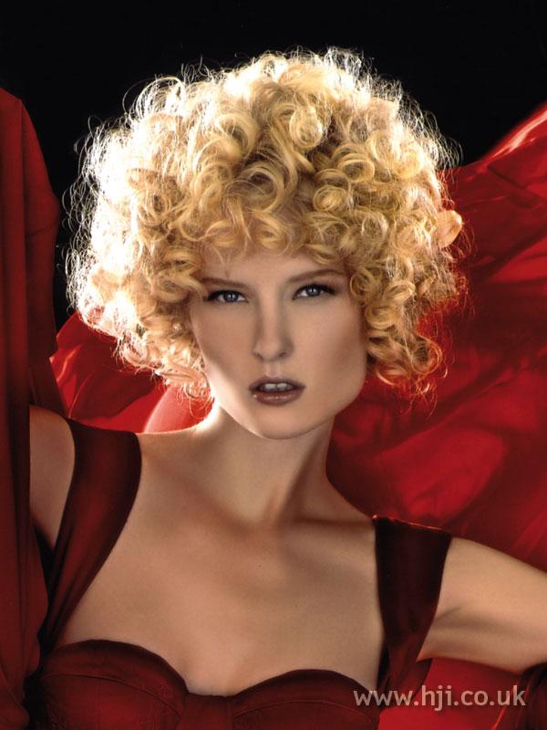 2007 blonde curls18