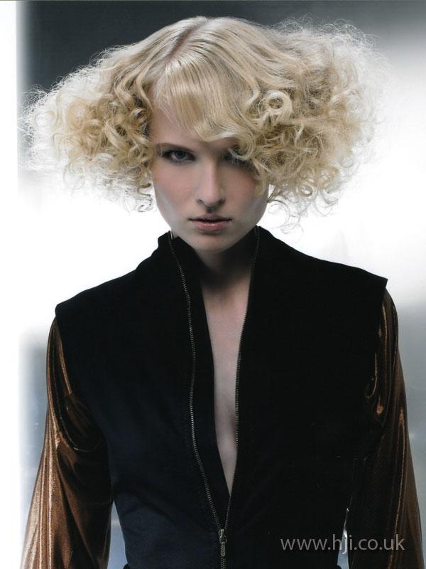 2007 blonde curls21