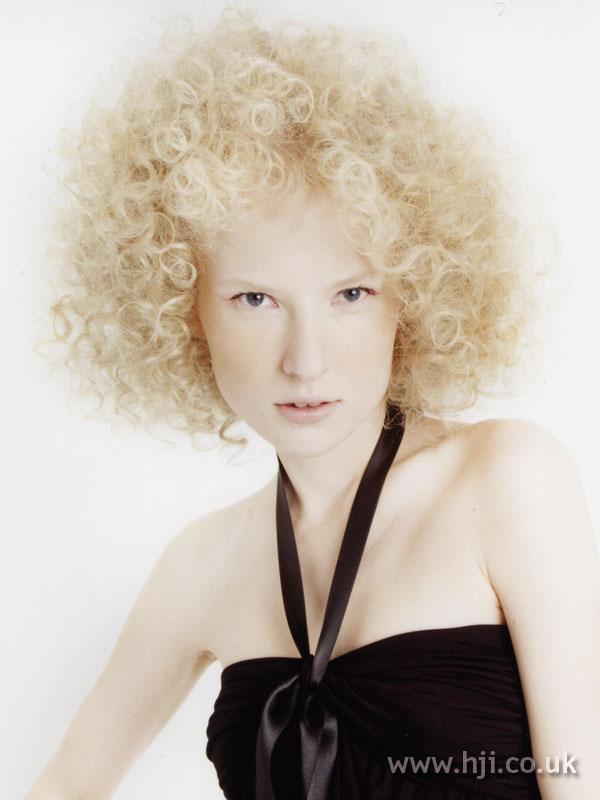 2007 blonde curls22