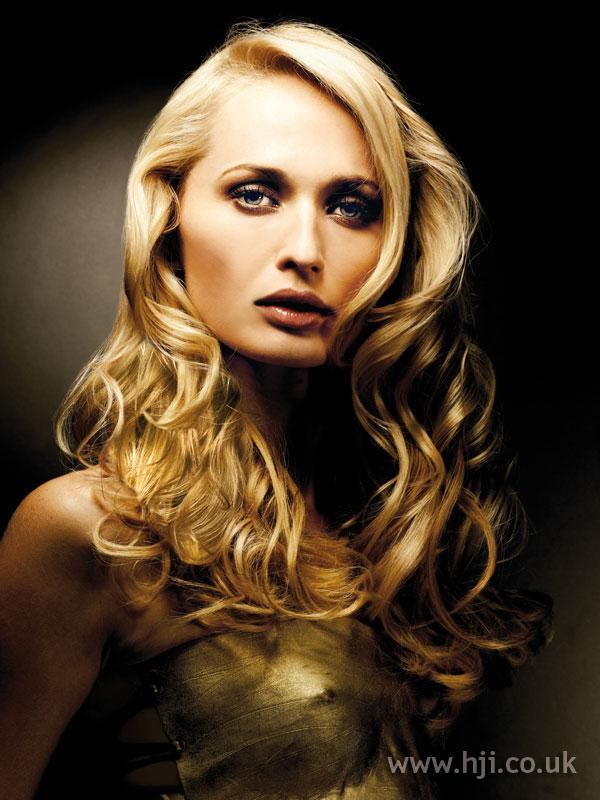 2007 blonde curls35