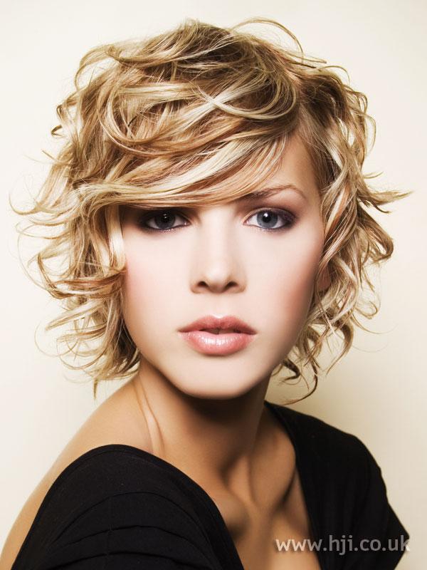 2007 blonde curls9