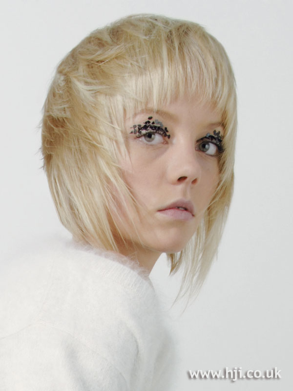 2007 blonde forward