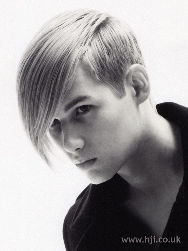 2007 blonde fringe2