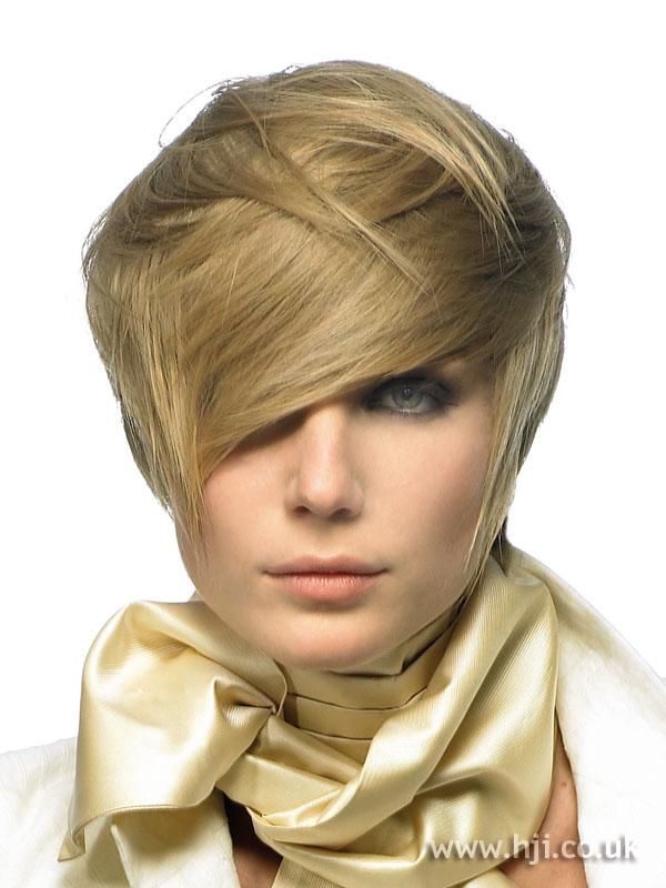 2007 blonde fringe6