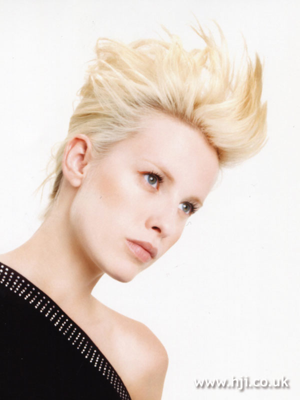 2007 blonde quiff7