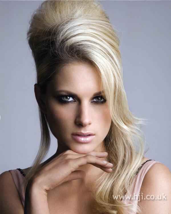 2007 blonde quiff8