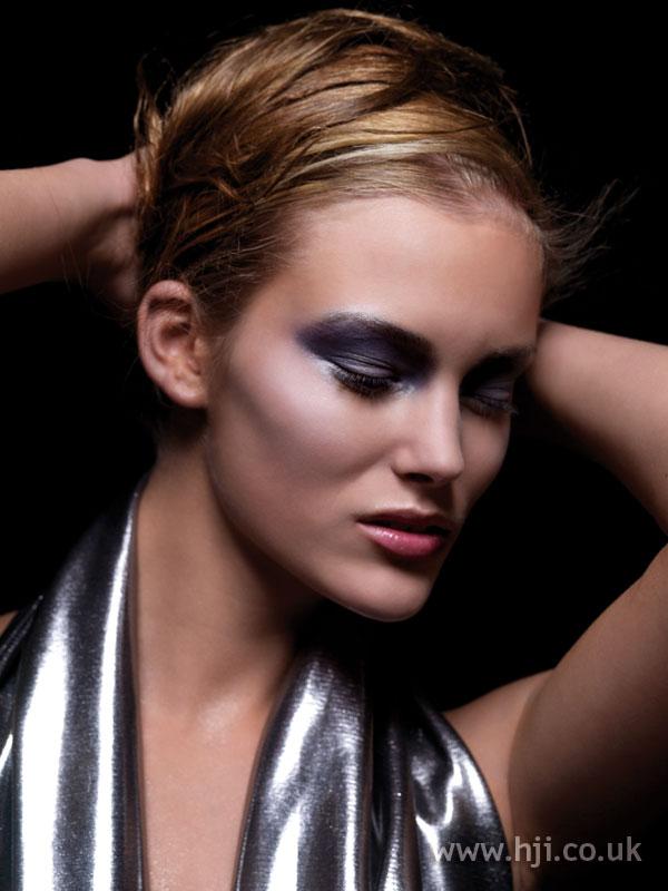 2007 blonde tied