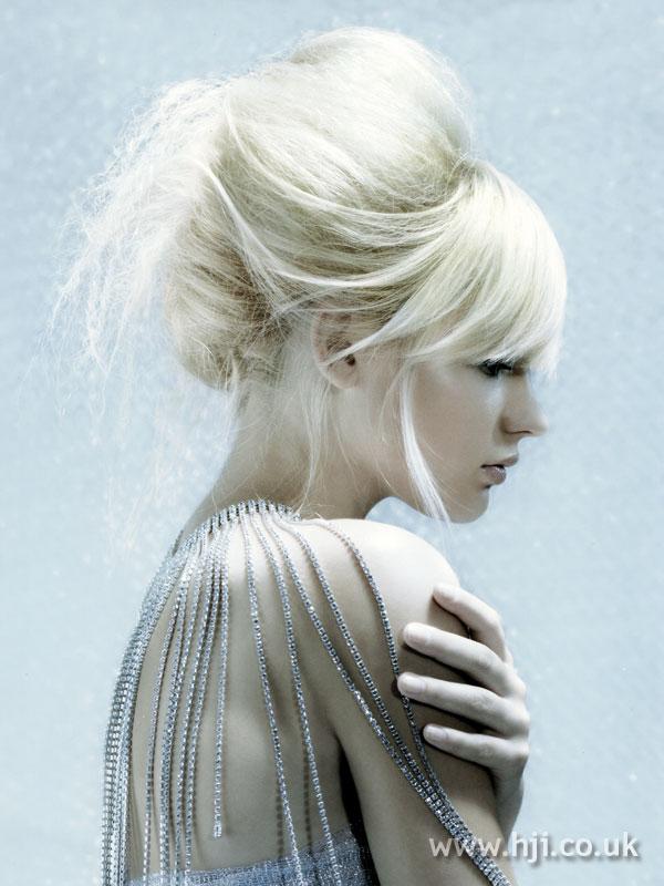 2007 blonde updo6