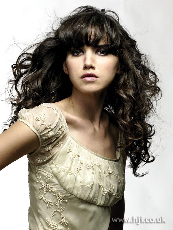 2007 brunette curls