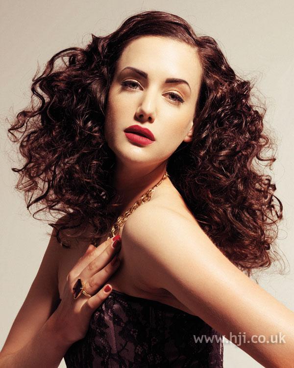 2007 brunette curls12
