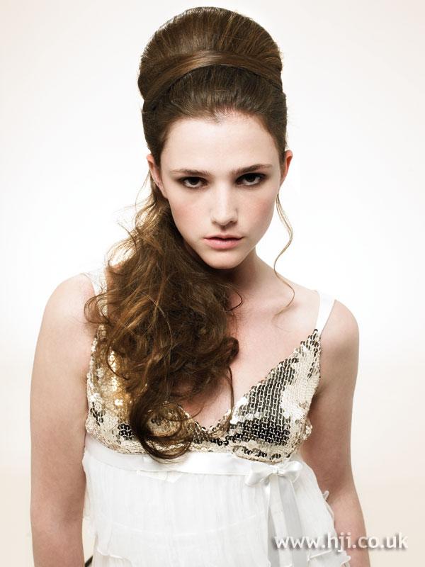 2007 brunette curls24