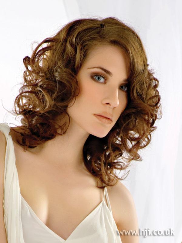 2007 brunette curls5