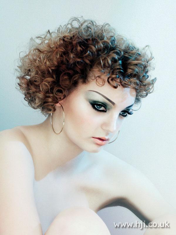 2007 brunette curls7