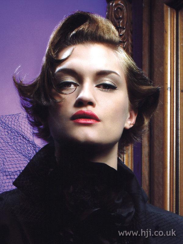 2007 brunette quiff1