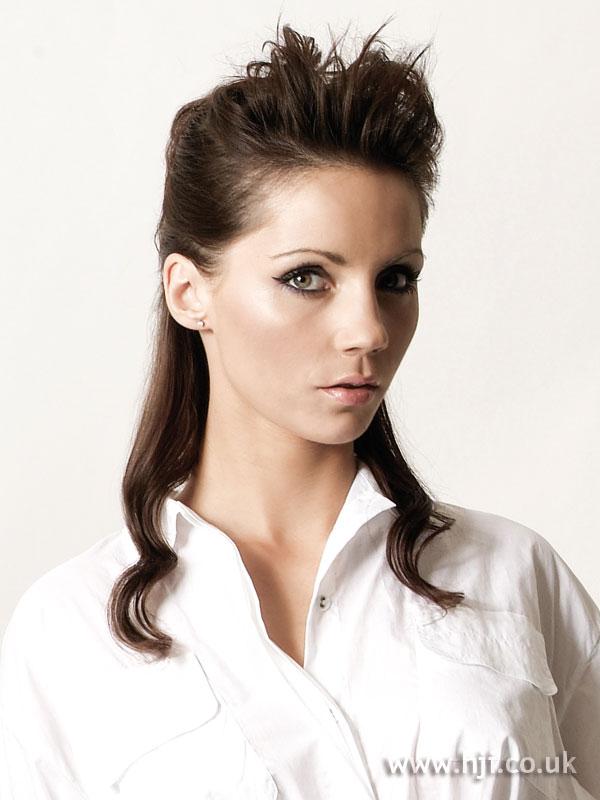 2007 brunette quiff6
