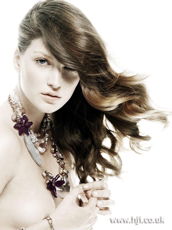 2007 brunette waves2
