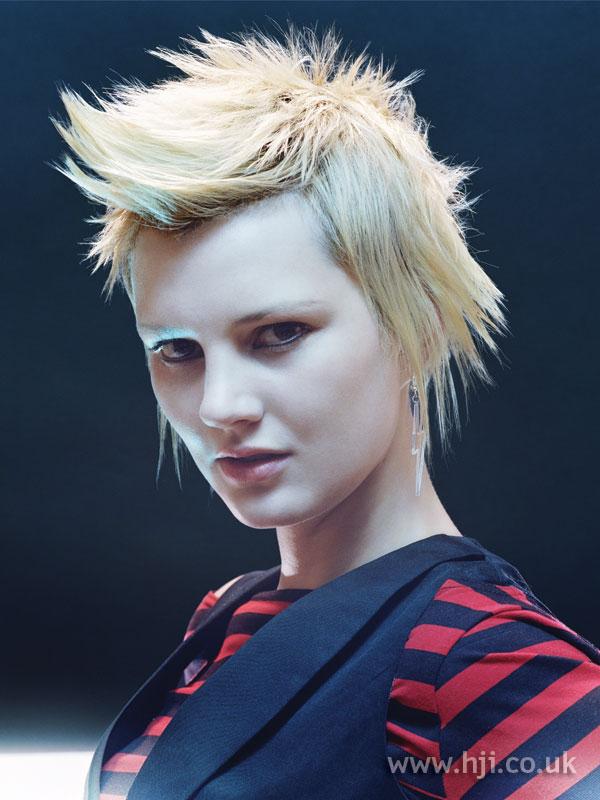 2007 choppy blonde