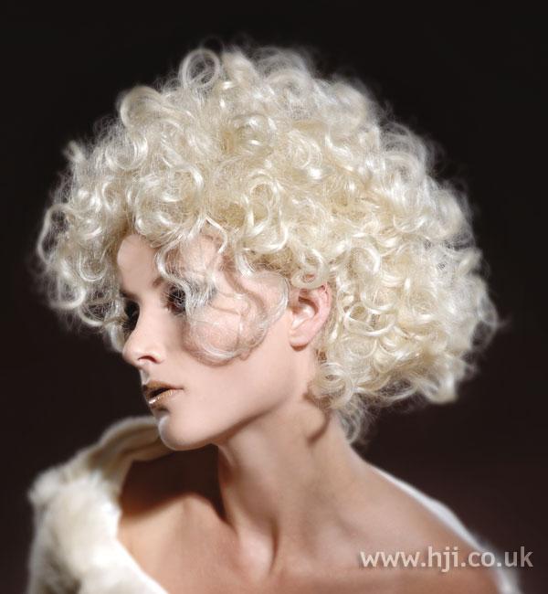2007 curls blonde