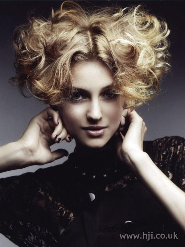 2007 curls short1
