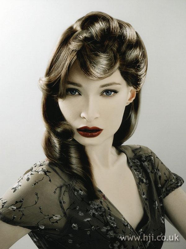 2007 glossy brunette2