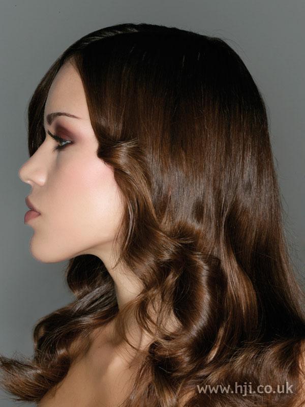 2007 long brunette1