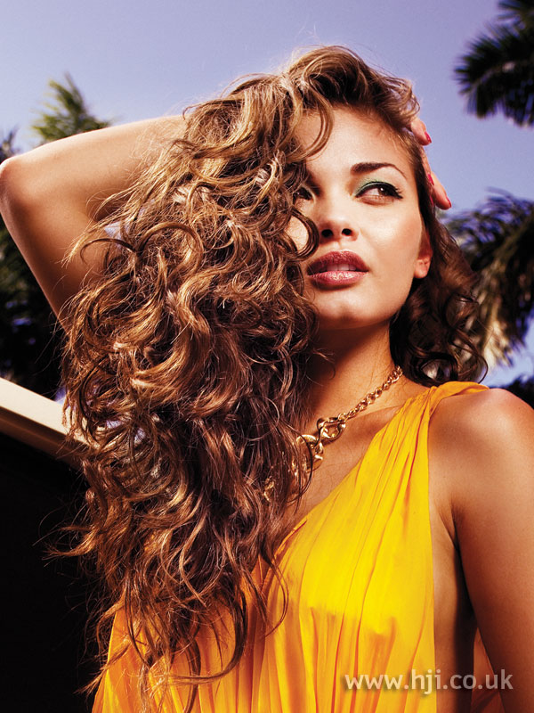 2007 long curls3