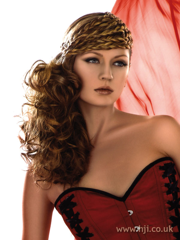 2007 plaits curls