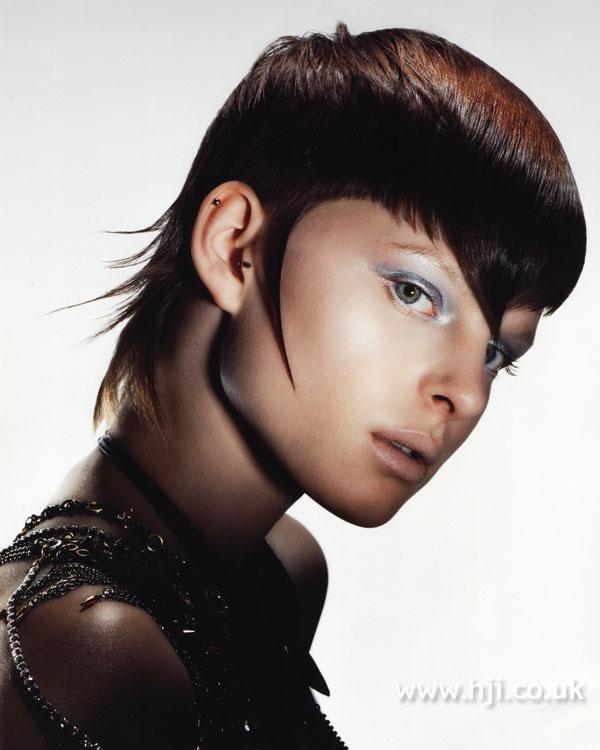 2007 shaped brunette3