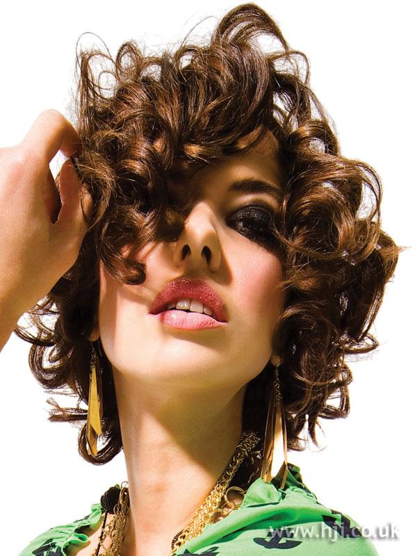 2007 short curls