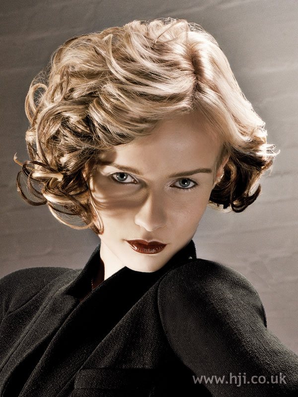 2007 short curls4
