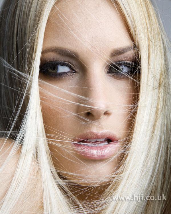 2007 straight blonde1