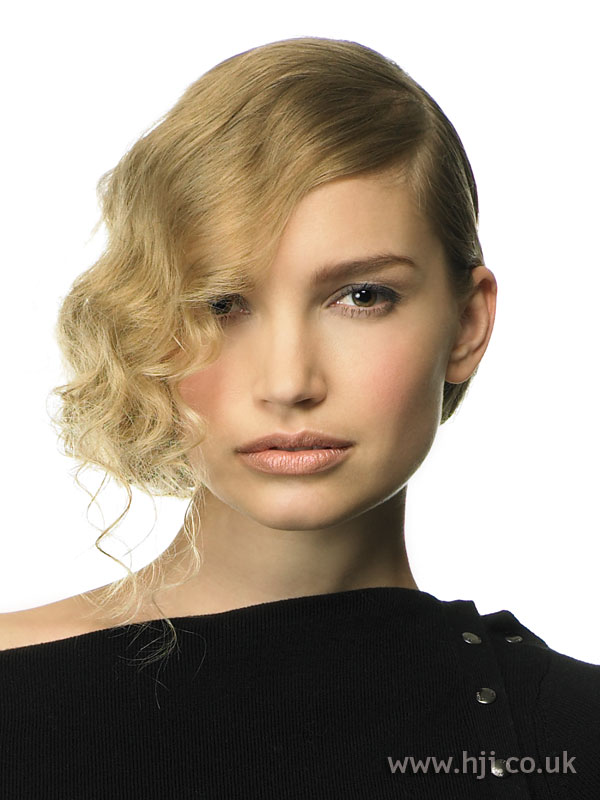 2007 tied curls