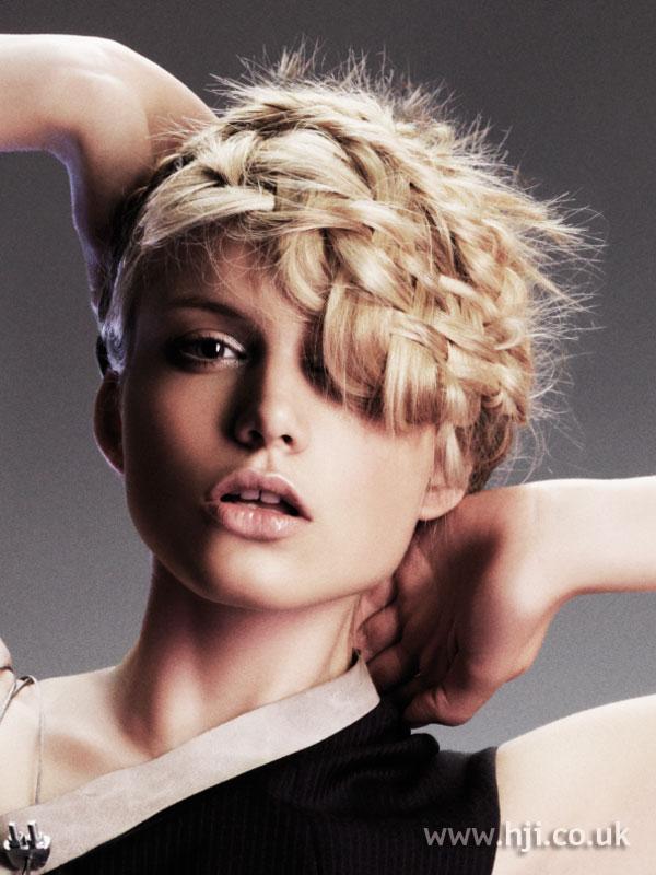 2007 updo blonde1