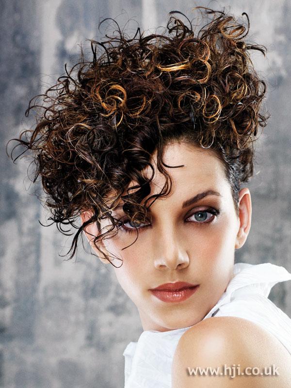 2007 updo curls4