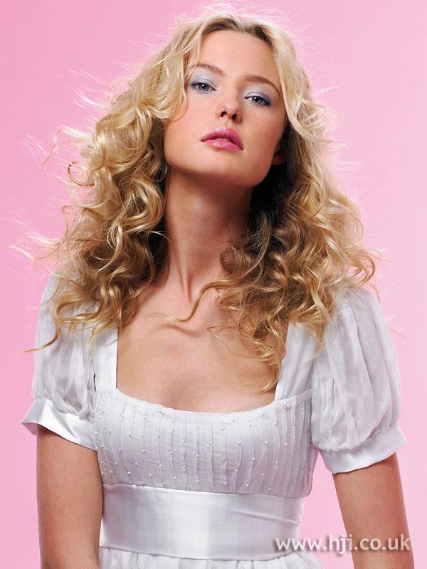 2008 blonde curls