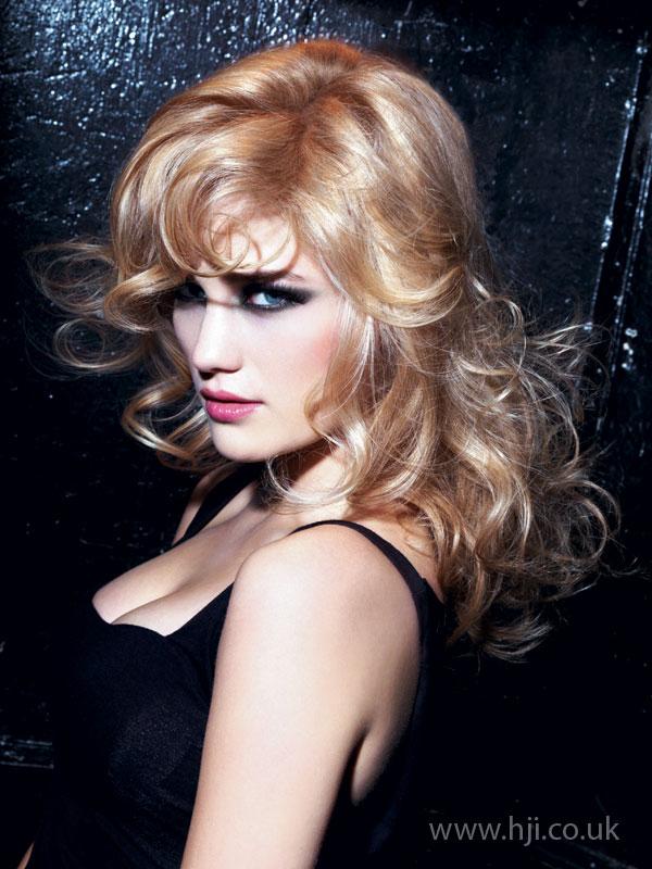 2008 blonde curls23