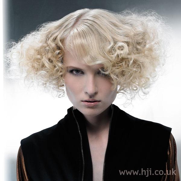 2008 blonde curls24