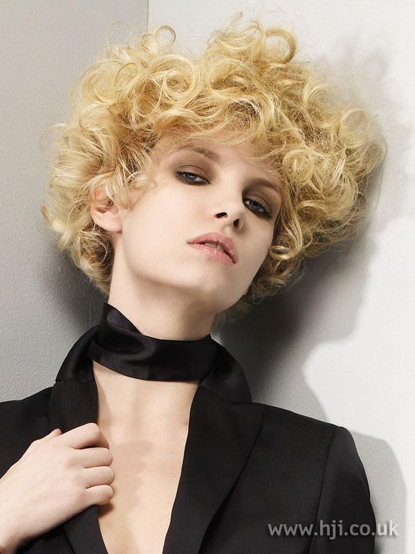 2008 blonde curls28