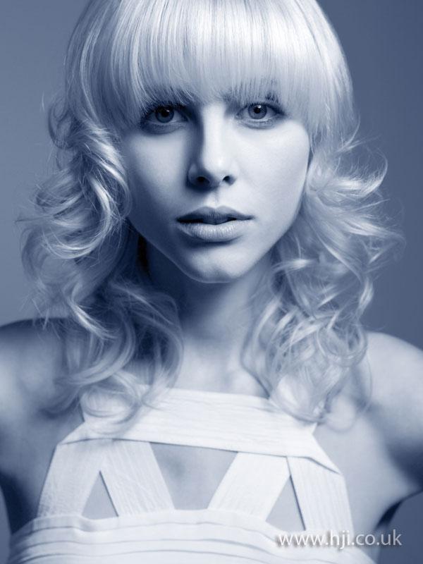 2008 blonde curls7