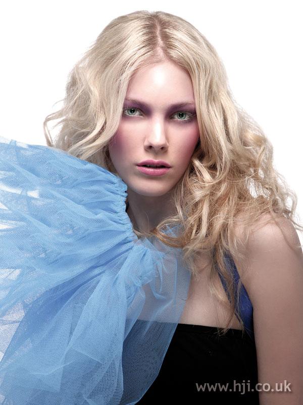 2008 blonde long