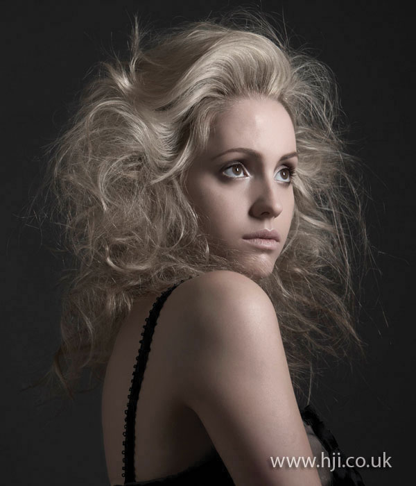 2008 blonde natural