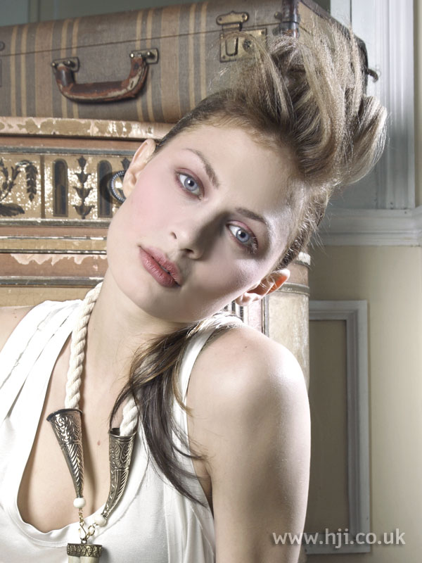 2008 blonde quiff1