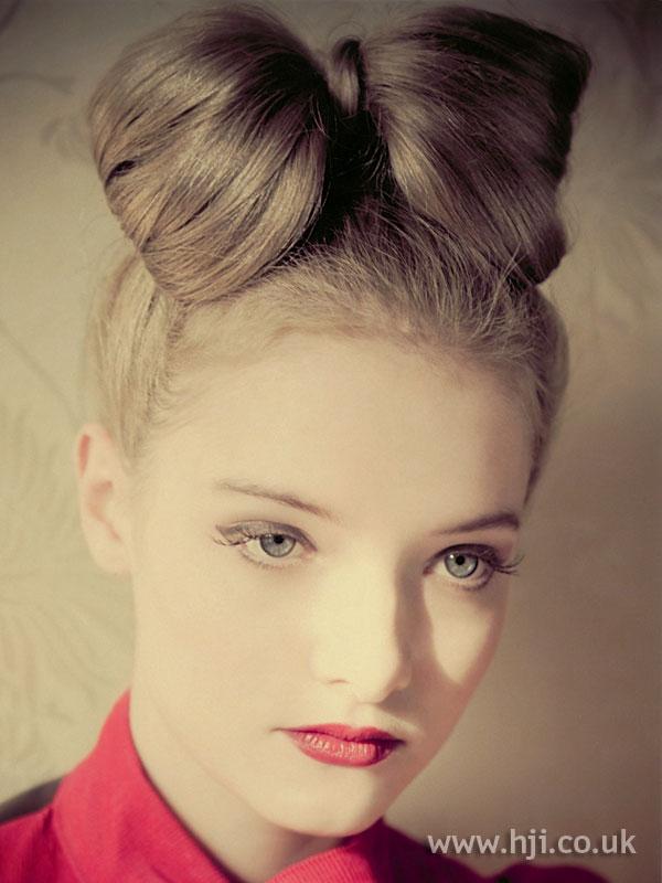 2008 blonde updo5