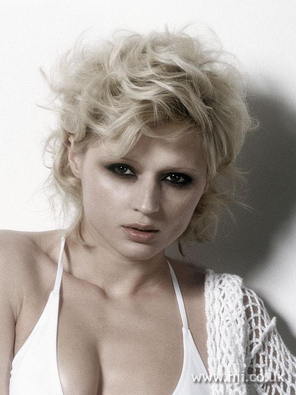 2008 blonde waves