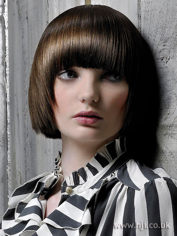 2008 brunette bob3