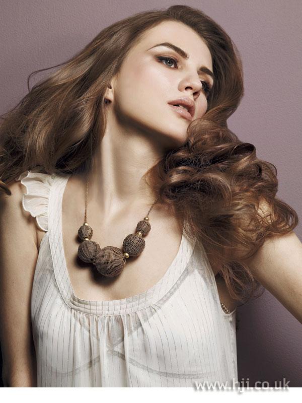 2008 brunette glossy5